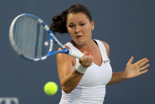 Ролан Гаррос (WTA). Радваньска, Шарапова и Ли идут дальше