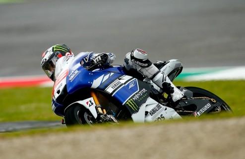 MotoGP. Гран-при Италии. Лоренсо выигрывает вторую практику, Маркес терпит крушение