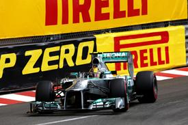 """Формула-1. Хэмбери: """"Пирелли и дальше будет проводить тесты по ходу сезона"""""""