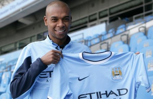 Официально: Фернандиньо подписал контракт с Манчестер Сити