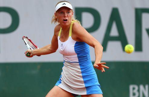 Истборн (WTA). Бейгельзимер и Радваньска терпят поражение