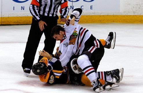 """НХЛ. Марчанд назвал Шоу """"киской"""""""