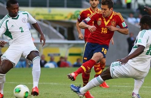 Испания и Уругвай крушат Нигерию и Таити