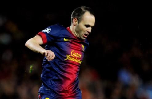 Иньеста намерен продлить контракт с Барселоной