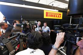 Формула-1. Уитмарш хочет срочных мер относительно шин Пирелли