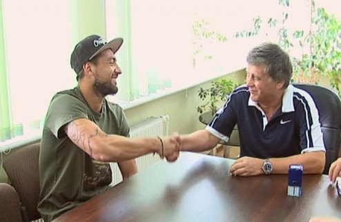Политыло перешел в Днепр, Антонов – в Черноморец