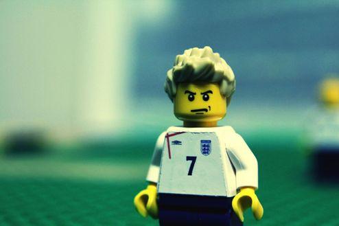 Карьера Бекхэма в формате Lego