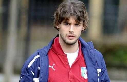 Официально: Милан подписал Поли