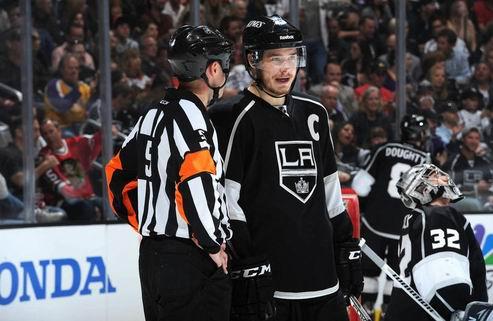 НХЛ. Лос-Анджелес переподписал Брауна