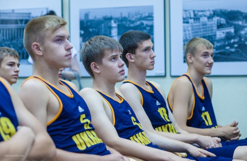 Украинские кадеты дважды обыграли Литву