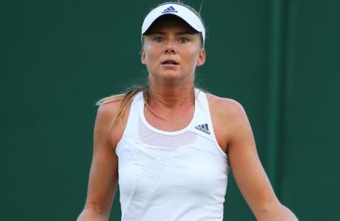 Стэнфорд (WTA). Победа Душевиной, поражение Гантуховой