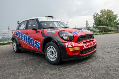 Mentos Ascania Racing c������� � ���������