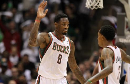 НБА. Милуоки продлит соглашение с Сандерсом