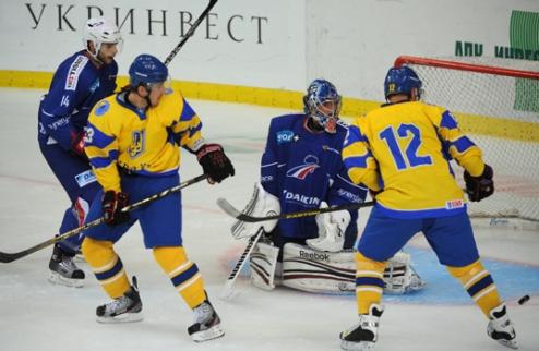 Украина по буллитам уступила Франции