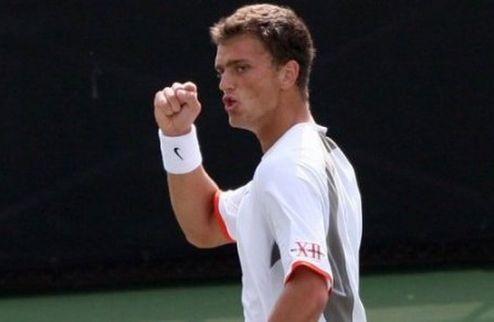 Недовесов вышел в четвертьфинал