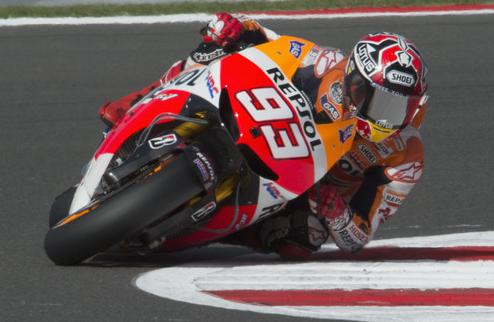MotoGP. Гран-при Сан-Марино. Маркес выигрывает свободные заезды