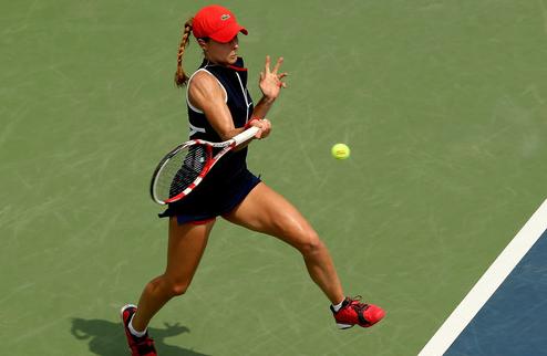 Гуанчжоу (WTA). Робсон в четвертьфинале