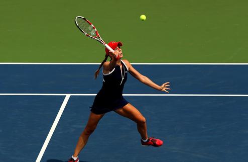Гуанчжоу (WTA). Корне проиграла Мойсбургер