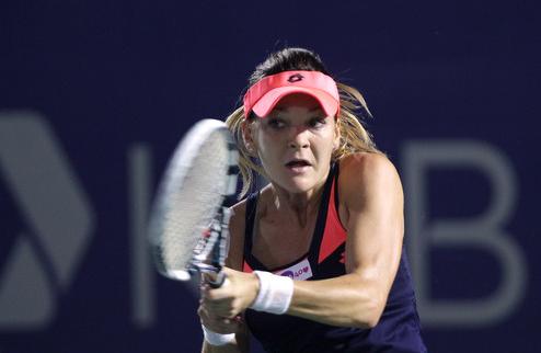 Сеул (WTA). Радваньска в полуфинале, Скьявоне выиграла битву ветеранов у Датэ-Крумм
