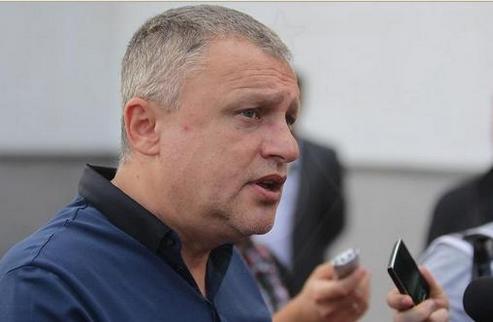 Баль говорит об уходе тренерского штаба, Суркис опровергает