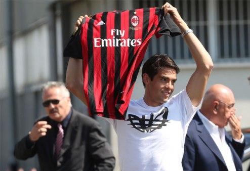 Милан может заплатить Реалу за Кака