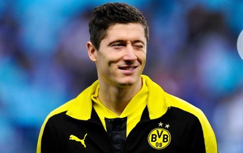Бавария подпишет Левандовски в январе