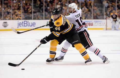 НХЛ. Бостон переподписал Сайденберга