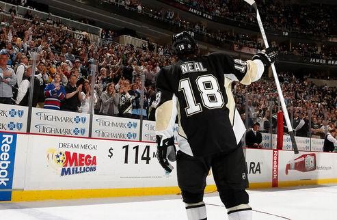 НХЛ. Питтсбург остался без Нила