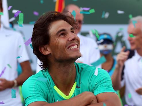 """Надаль бросает """"теннисную политику"""""""