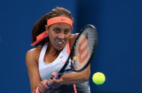 Осака (WTA). Отказ Лисицки, победы Киз, Герцог и Цзе