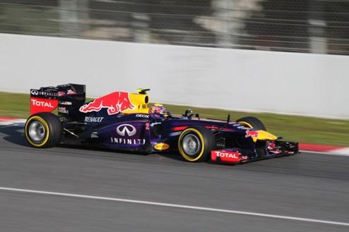 Формула-1. ГП Японии. Уэббер на поуле, Алонсо и Райкконен — в хвосте десятки
