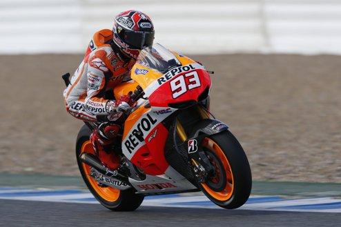 MotoGP. Гран-при Малайзии. Поул Маркеса, первый ряд Росси