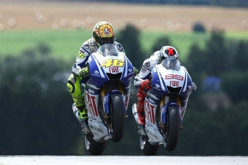 MotoGP. Гран-при Австралии. Лоренсо задает темп