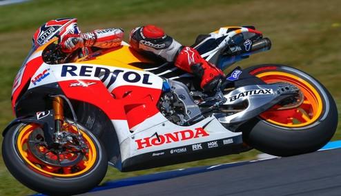MotoGP. Гран-при Австралии. Маркес выигрывает разогрев