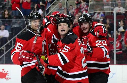 НХЛ. Победы Нью-Джерси, Монреаля и Виннипега, поражение Вашингтона