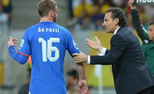 Де Росси возвращается в сборную Италии