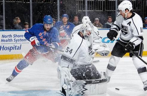НХЛ. Скривенс — первая звезда дня