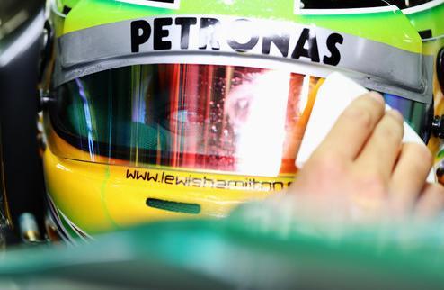 Формула-1. Хэмилтон признался, что он виноват в столкновении