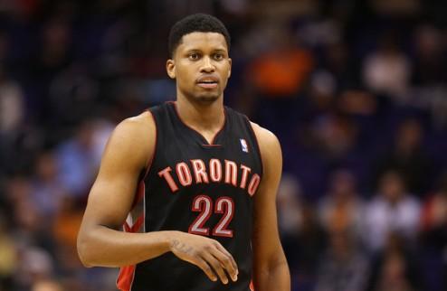 НБА. Гэй сменит Торонто на Сакраменто