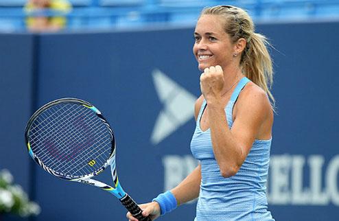 Хобарт (WTA). Закопалова выбивает Стосур, Мугуруса налегке проходит в финал