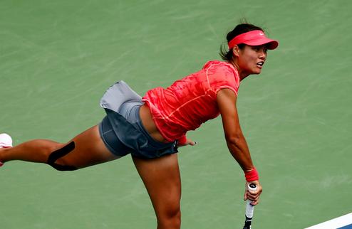 Australian Open (WTA). Уверенные победы На Ли и Уильямс, сенсационные вылеты Эррани и Квитовой