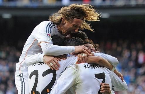 Реал выбрался в лидеры Примеры, поражение Вильярреала