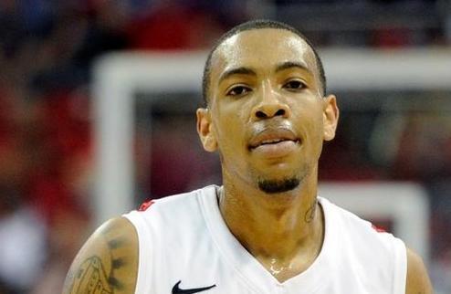 НБА. Юта подписала Томаса