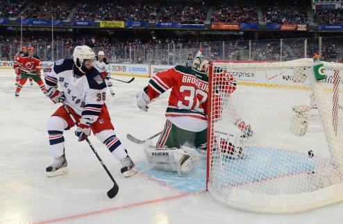 НХЛ. Семь шайб для Нью-Джерси, камбэк Флориды, победы Джетс и Кэнакс