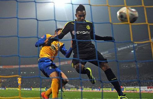Дортмунд побеждает в Брауншвеге