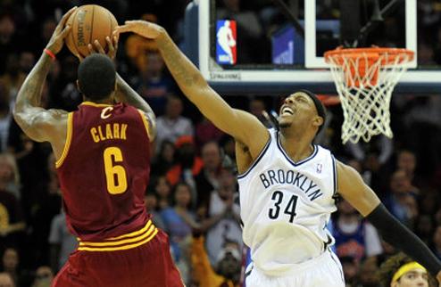 НБА. Нью-Йорк подпишет Кларка и Брауна