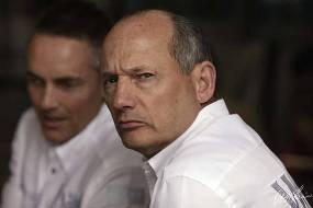 """Формула-1. Деннис: """"Выбор нового исполнительного директора является ключевым фактором"""""""