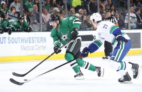 НХЛ. Проблемы Ванкувера, камбэк Сан-Хосе, успех Бостона и Чикаго
