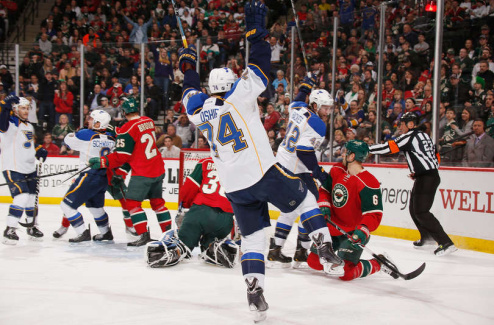 НХЛ. Успехи Рейнджеров, Чикаго и Сент-Луиса, седьмая кряду победа Королей