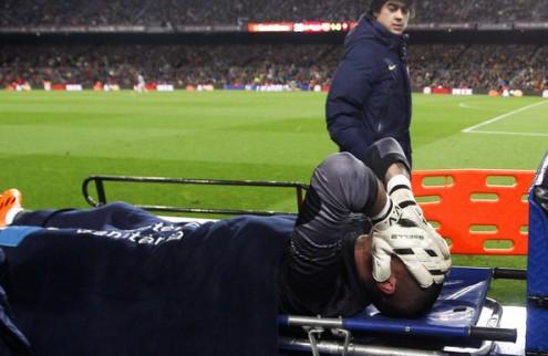 Барселона: Вальдес выбыл на семь месяцев